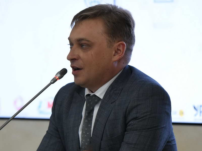Андрей Сутулин